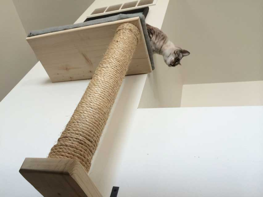 Mounting Instructions BURLAP CAT BED WITH VERTICAL POLE